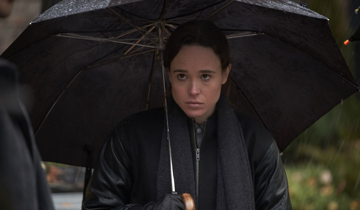 """Ellen Page chciałaby zagrać Batmana. Na razie musi jej wystarczyć Vanya z """"The Umbrella Academy"""" – wywiad"""