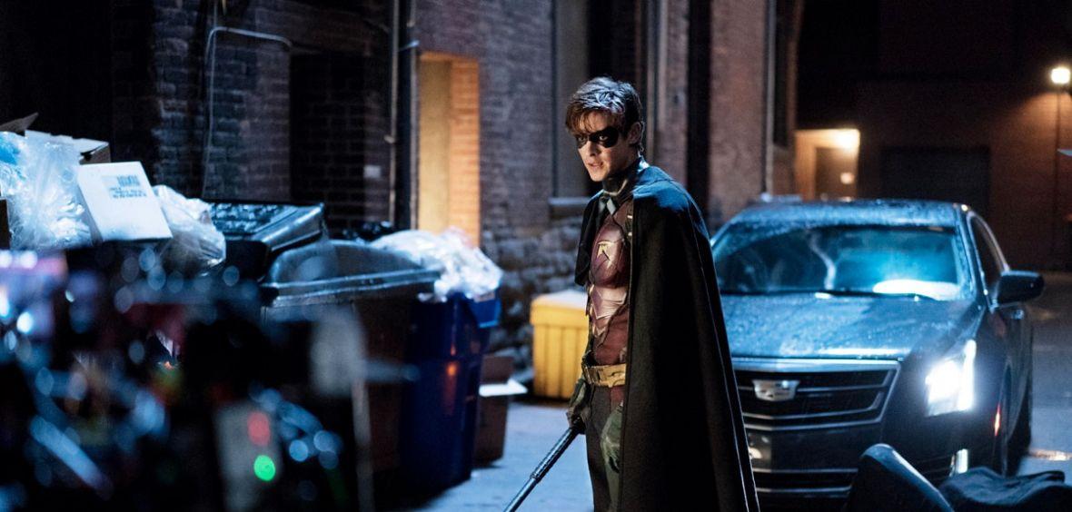 """Serial, który powinien zawstydzić twórców odcinkowych produkcji Marvela. 2. sezon """"Titans"""" trafi na Netfliksa"""