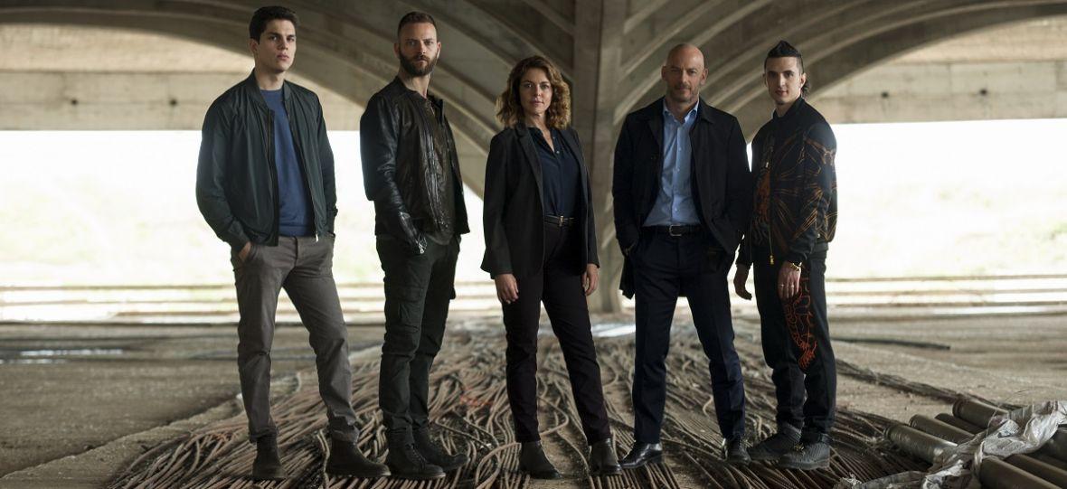 """2. sezon serialu """"Suburra"""", """"Kafarnaum"""" i oscarowa gala. Podpowiadamy, co obejrzeć w ten weekend"""