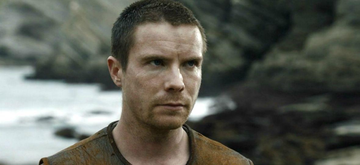 """Czy Gendry z """"Gry o tron"""" ma szansę na koronę? To jedna z najciekawszych teorii dotyczących serialu"""