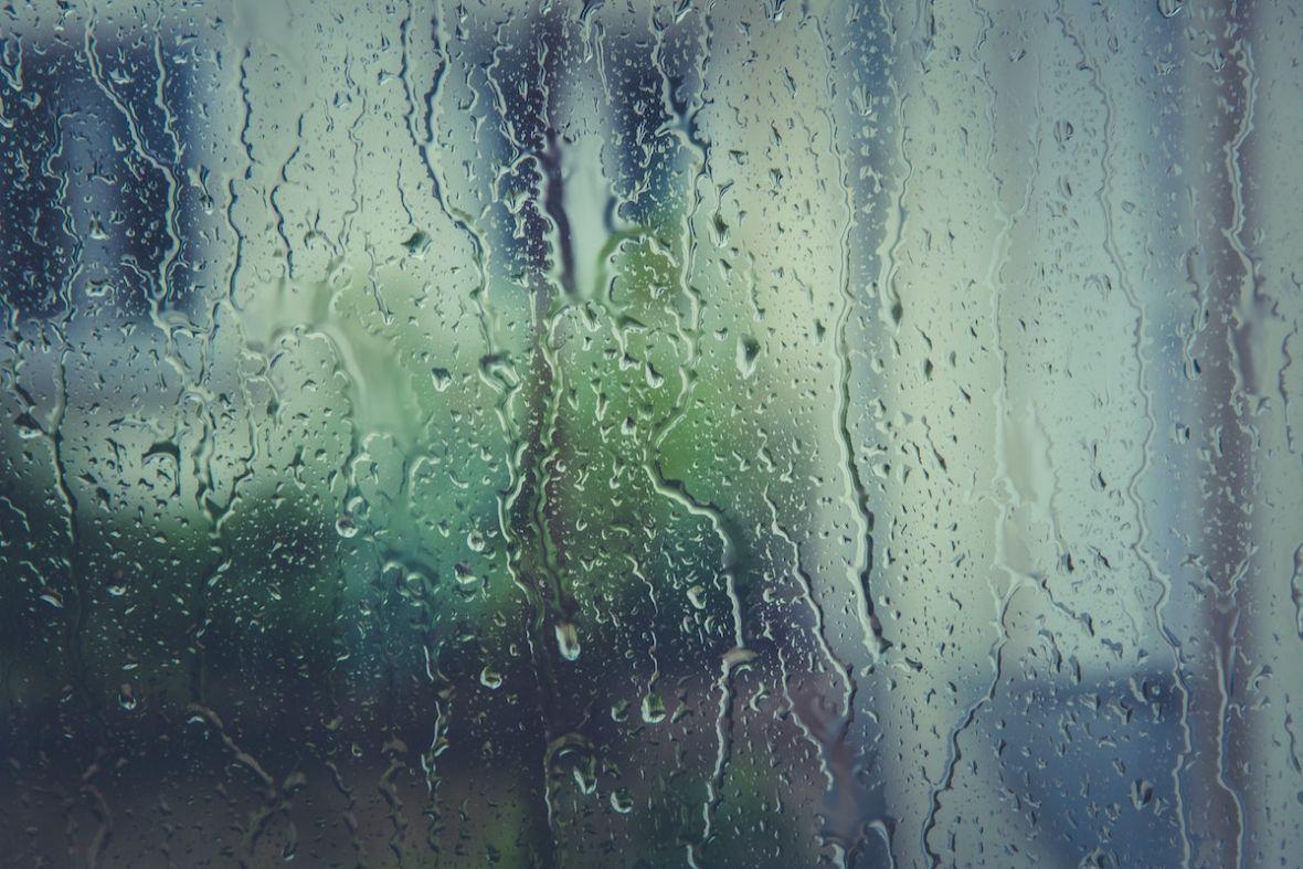 Boisz się, że majówka będzie deszczowa? Na szczęście jest binge-watching i inne rzeczy, dzięki którym nie musisz wychodzić z domu