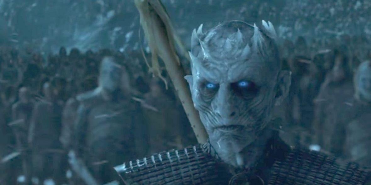 Biali Wędrowcy są coraz bliżej Winterfell i znakują teren. Co oznacza symbol pozostawiony przez Nocnego Króla?