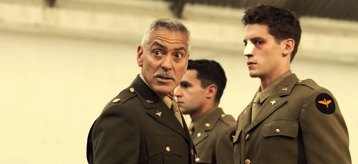 """Absurd goni absurd. Widzieliśmy otwarcie serialu """"Paragraf 22"""", który właśnie pojawił się w HBO GO"""