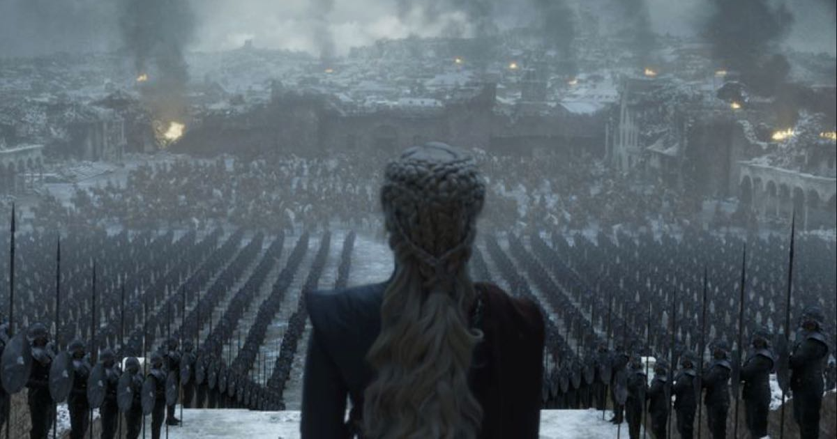Daenerys w Królewskiej Przystani. Zdjęcie z finału Gry o Tron