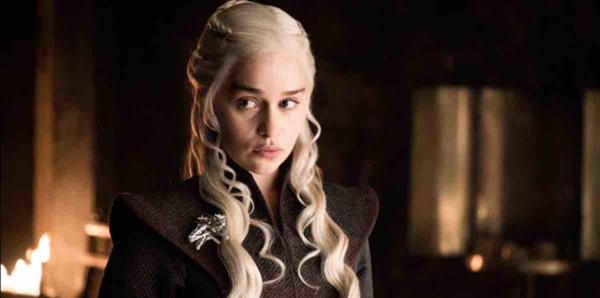 """HBO jest wyjątkowo tajemnicze. Zobacz zdjęcia promocyjne z finałowego odcinka """"Gry o tron"""""""