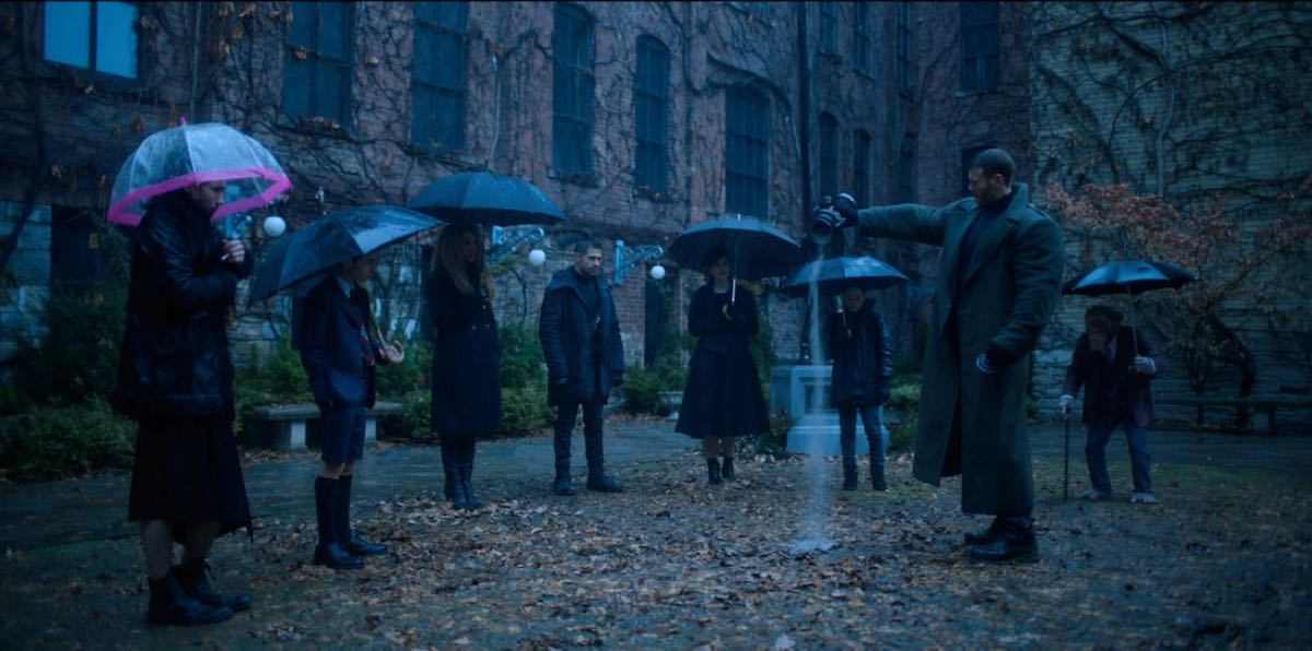 kadr z serialu The Umbrella Academy