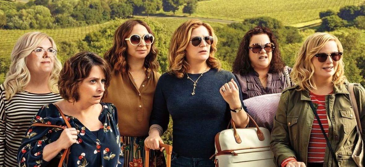 """Wino, kobiety i śpiew. """"Gorzkie wino"""" od Netfliksa to nie są """"Druhny"""" 20 lat później – recenzja"""