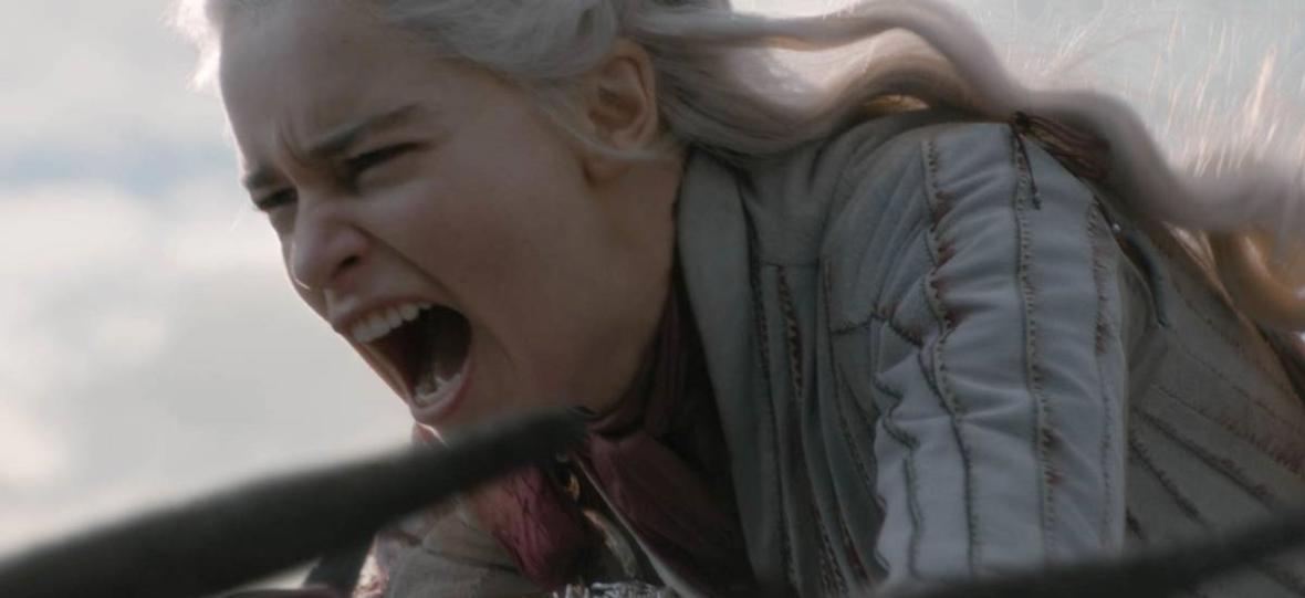 Khaleesi nie jest już wzorem do naśladowania. Fani i fanki Daenerys są w rozpaczy po emisji 5. odcinka