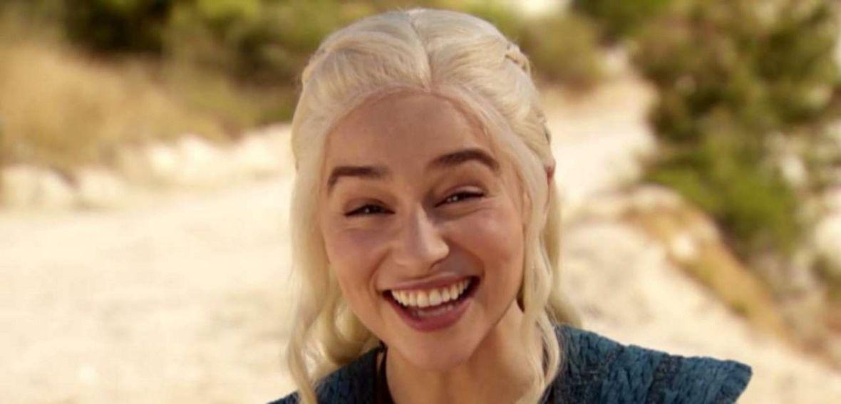 """W Winterfell pojawił się kubek ze Starbucksa. To nie pierwsza wpadka, którą zaliczyli twórcy """"Gry o tron"""""""