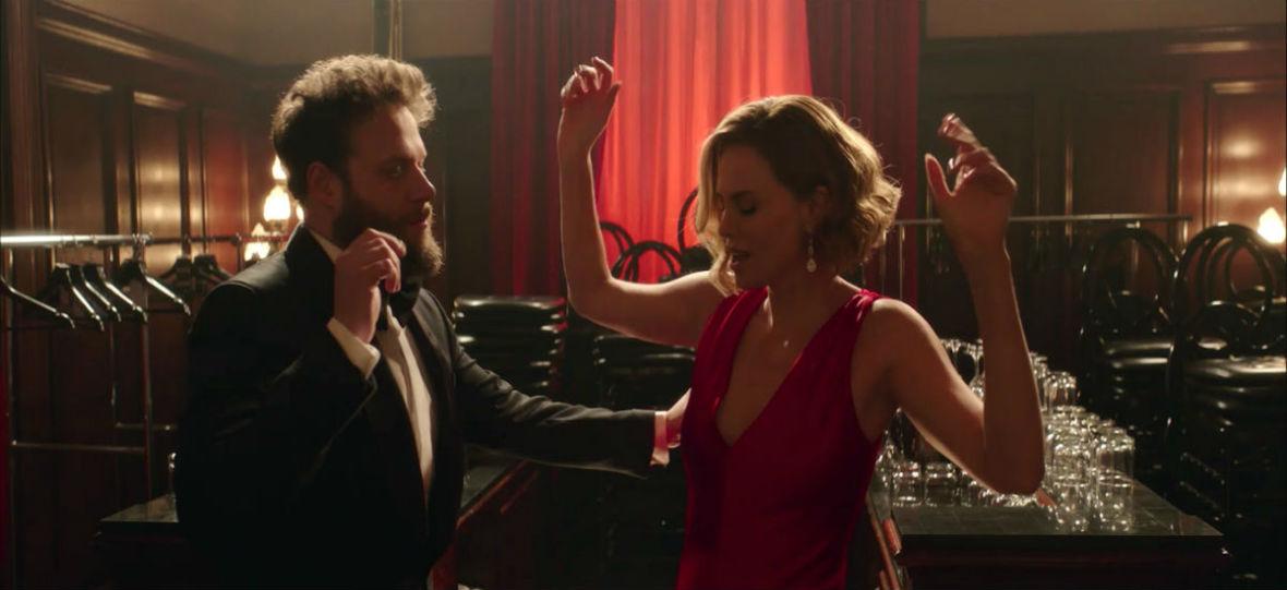 """Seth Rogen i Charlize Theron tworzą naprawdę zgrany duet. """"Niedobrani"""" to nietypowa komedia romantyczna"""