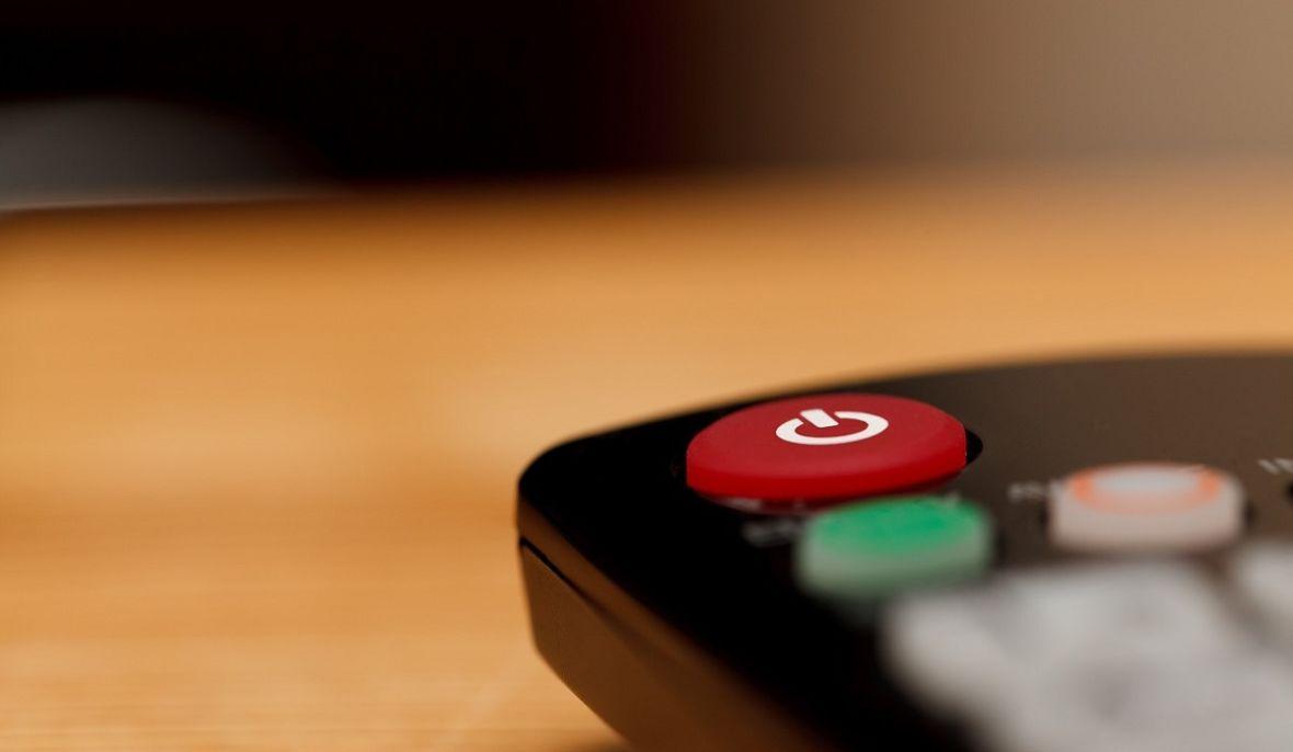 Więcej nie powiesz, że w telewizji nie ma co oglądać. Przeglądamy oferty Cyfrowego Polsatu, które można mieć z nową usługą telewizji kablowej IPTV