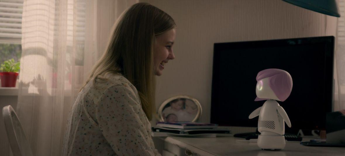 """W 5. sezonie """"Black Mirror"""" słychać echo tych samych pomysłów, które sprawiły, że ten serial jest tak świetny. Nie jestem pewna, czy to dobrze"""