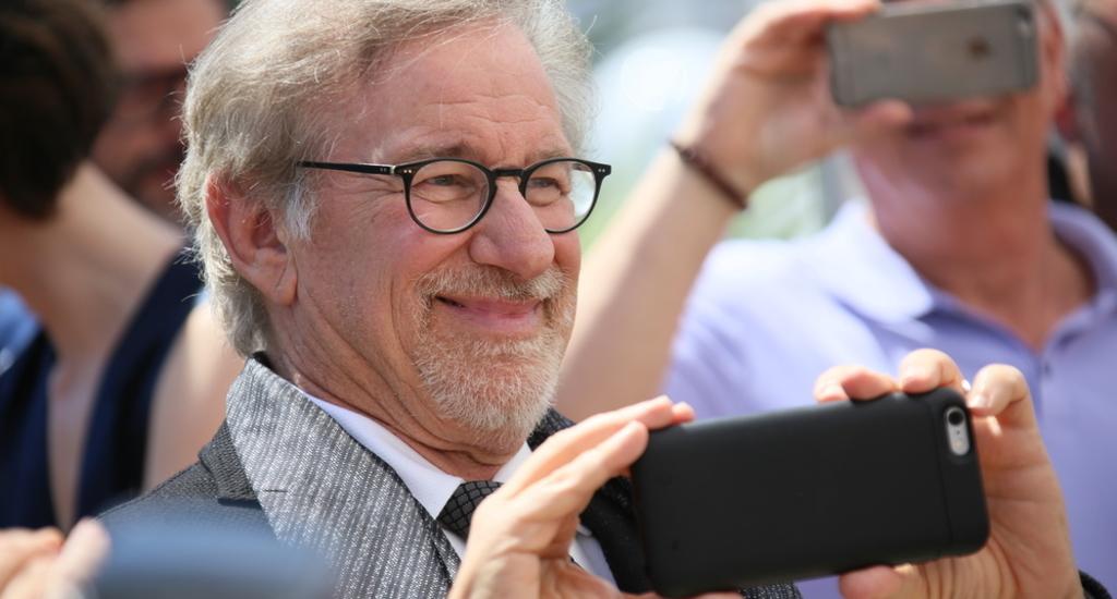Spielberg robi horror, który obejrzysz tylko w nocy. Odcinki mają trwać kilka minut – otwiera się nowy rynek seriali