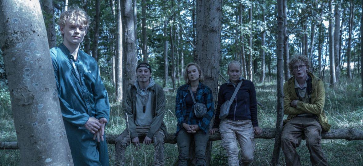 """Bohaterowie """"The Rain"""" powrócą po raz trzeci i zarazem ostatni. Netflix lubi zamykać seriale na trzech sezonach"""