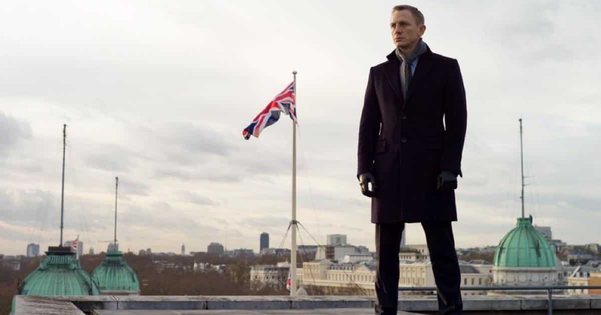 Daniel Craig na zdjęcu promocyjnym Bonda
