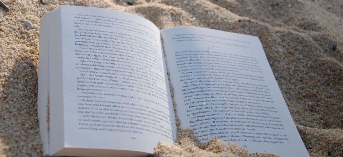 Letnie tanie czytanie. Biedronka oferuje promocje na książki