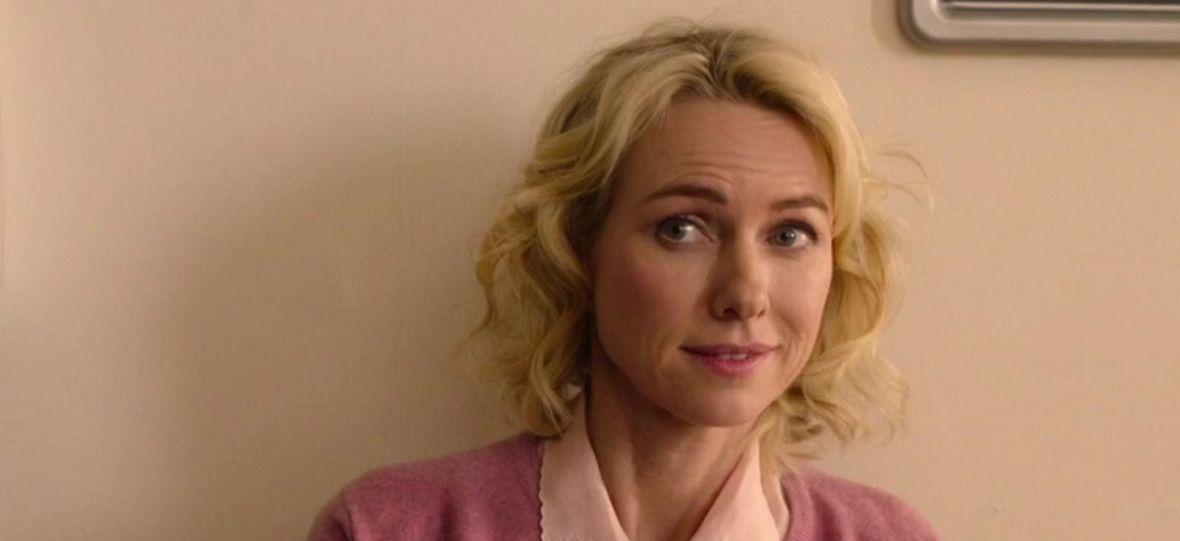"""Naomi Watts w złotej sukni na planie """"Bloodmoon"""". Kogo aktorka zagra w prequelu """"Gry o tron""""?"""