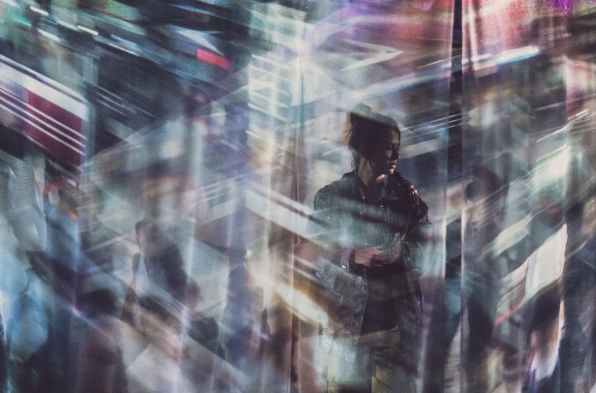 """Krzysztof Gonciarz zaprasza nas do świata rodem z """"Blade Runnera"""". Byliśmy na jego wystawie – Tokio 24"""