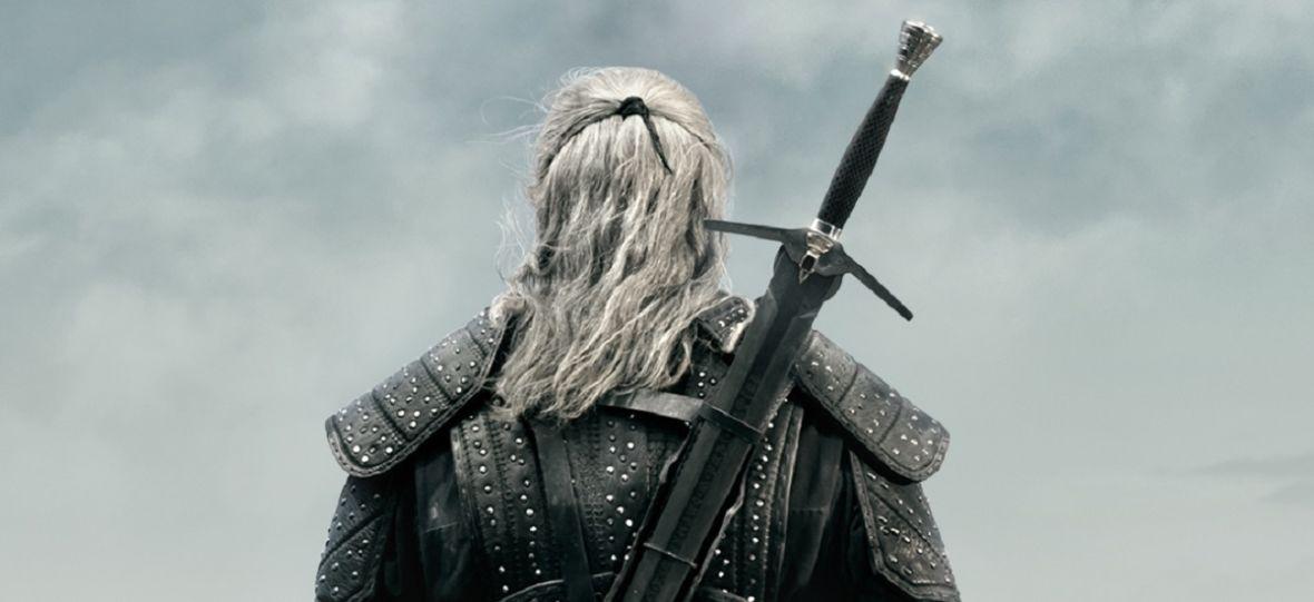 """Geralt z serialu Netfliksa będzie nosić jeden miecz, a nie dwa jak w serii gier """"Wiedźmin"""". Ale to nie błąd"""