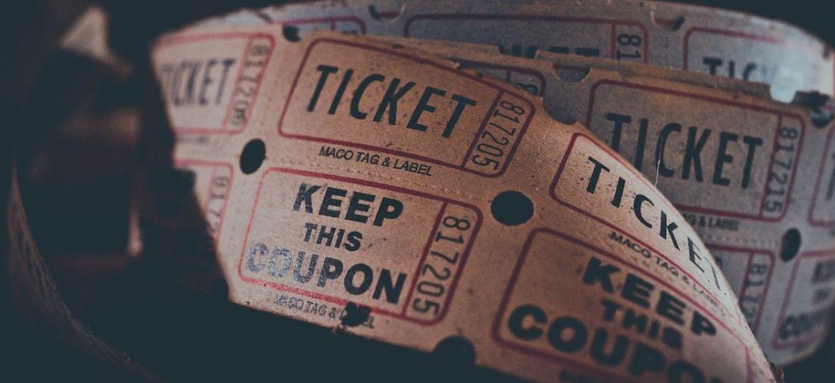 Ile w Polsce kosztują bilety do kina? Nowe badanie pokazuje, że nie jest źle, choć w weekendy przepłacamy