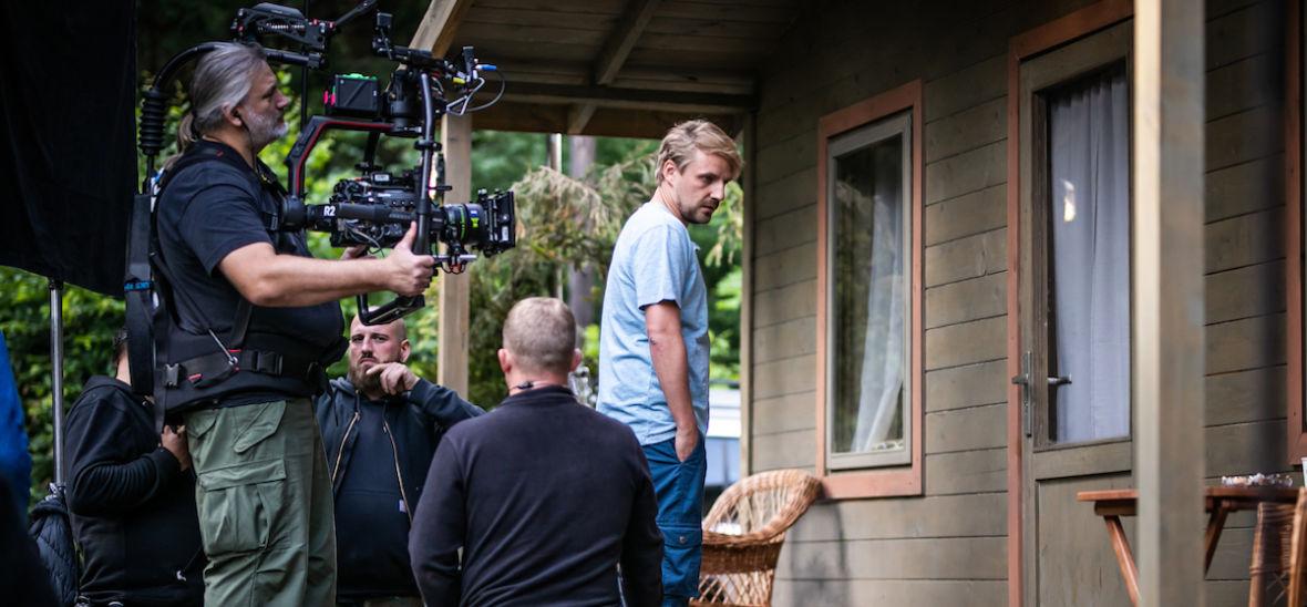 """To będzie serial, po którym nie dojdziecie do siebie. Byliśmy na planie """"Żmijowiska"""" od Canal+"""