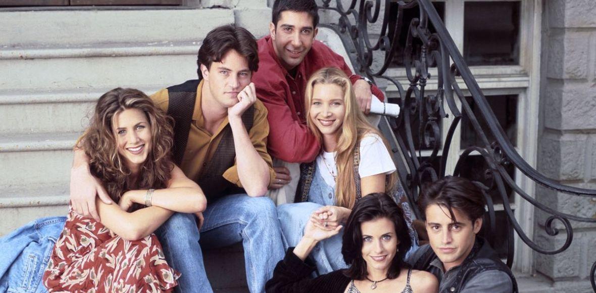 """""""Przyjaciele. Ten o najlepszym serialu na świecie"""" to gratka nie tylko dla fanów kultowego serialu. Czytaliśmy książkę Kelsey Miller"""