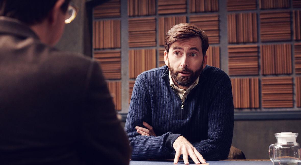 """""""Criminal"""" od Netfliksa to wyjątkowy serial, w którym cała akcja rozgrywa się w jednym pokoju"""
