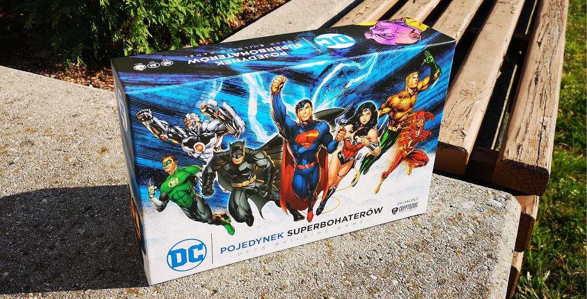 Pojedynek Superbohaterów. Deck Building Game czy warto kupic