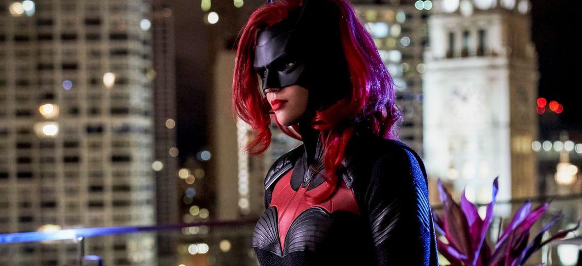 """Serial """"Batwoman"""" już w następnym tygodniu na HBO GO. Kim jest bohaterka i gdzie podział się Batman?"""
