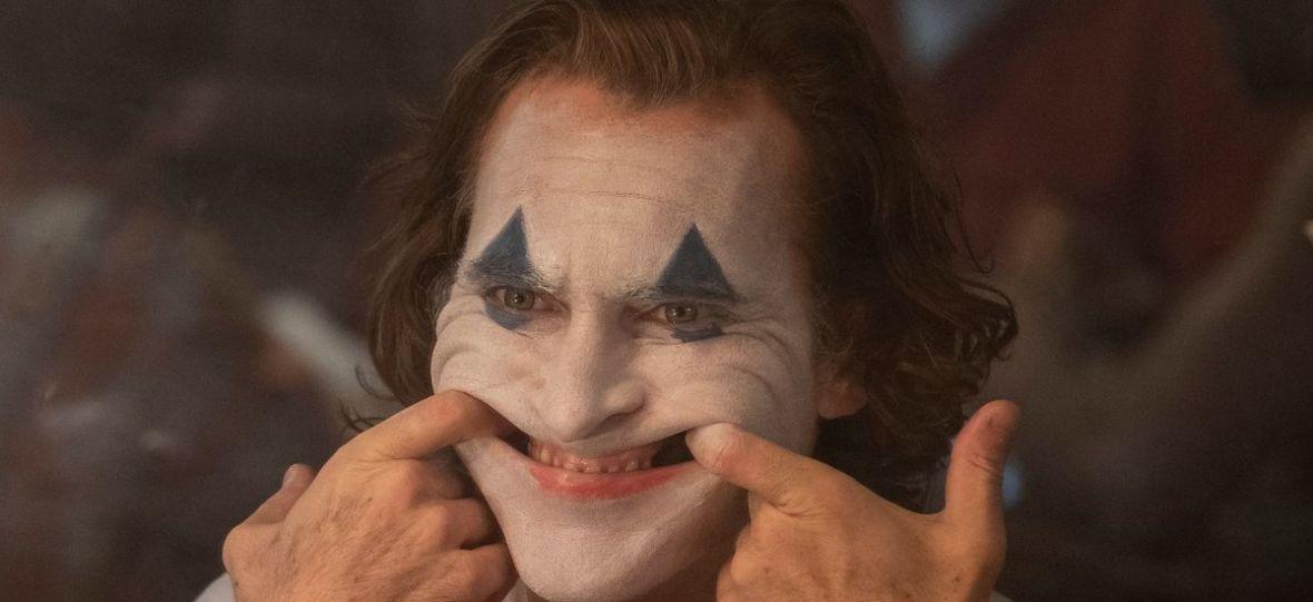 """Reżyser filmu """"Joker"""" zrezygnował z komedii przez poprawność polityczną. Czy trudno być komikiem w XXI wieku?"""