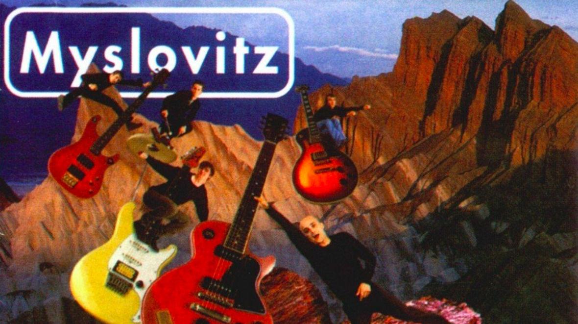"""""""Miłość w czasach popkultury"""" grupy Myslovitz ma już 20 lat. Dlaczego warto dziś wracać do tego albumu?"""