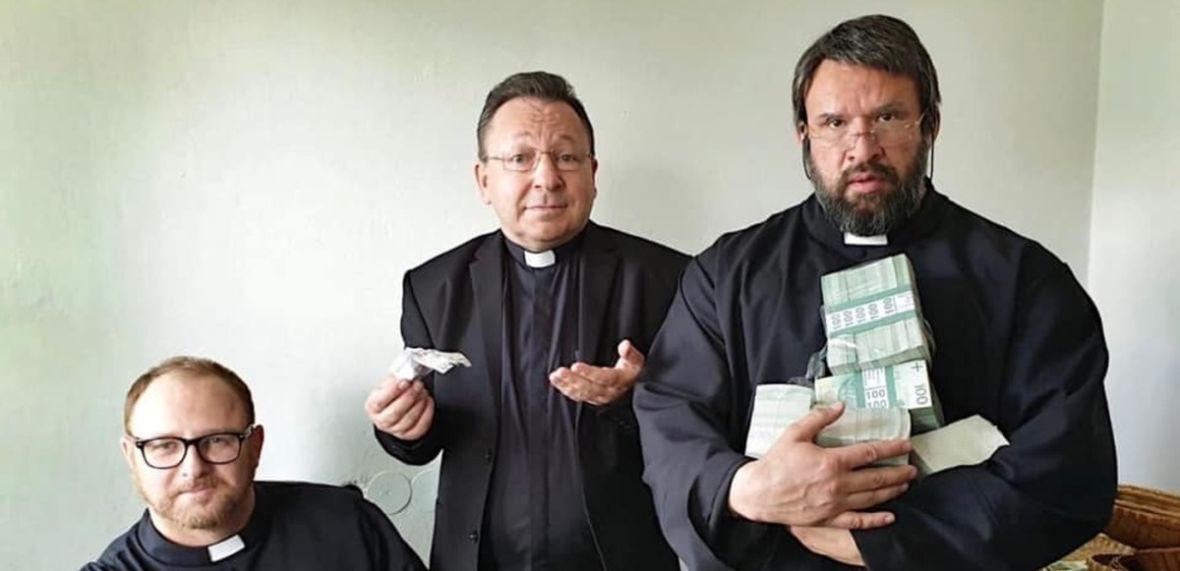 Bądź Patrykiem Vegą, prowokuj i obiecuj film, który odmieni oblicze polskiej polityki. A potem przepraszaj za niego na Facebooku