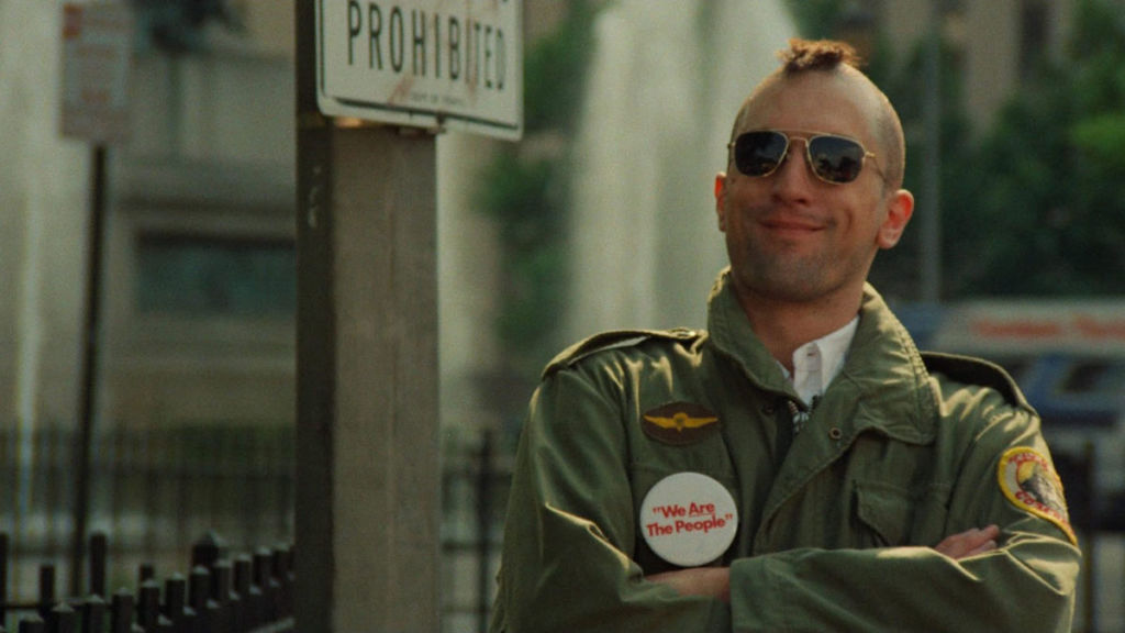 Robert De Niro w filmie Taksówkarz w reżyserii Martina Scorsese