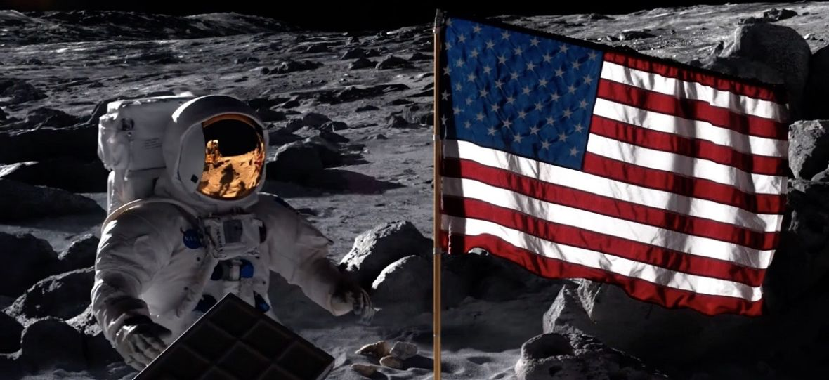 """ZSRR wygrało wyścig na Księżyc, a Nixon zniszczył NASA. Serial """"For All Mankind"""" Apple TV+ to leniwa historia alternatywna"""
