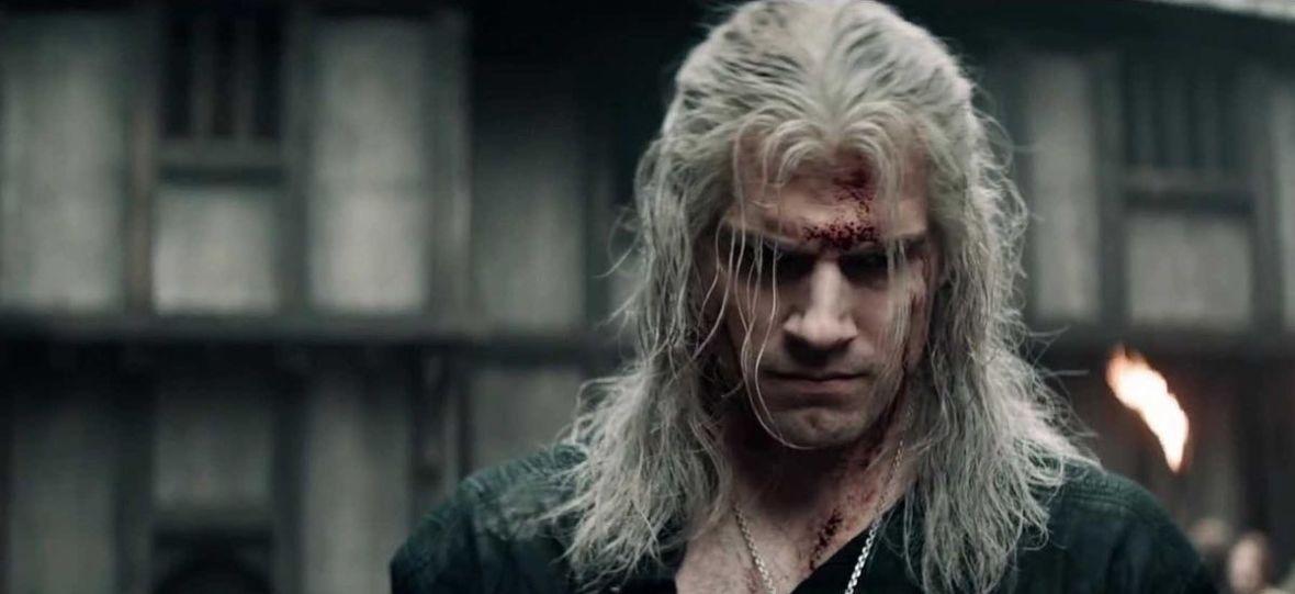 Henry Cavill naprawdę jest wiedźminem Geraltem. To niesamowita kreacja i najmocniejszy punkt serialu Netfliksa