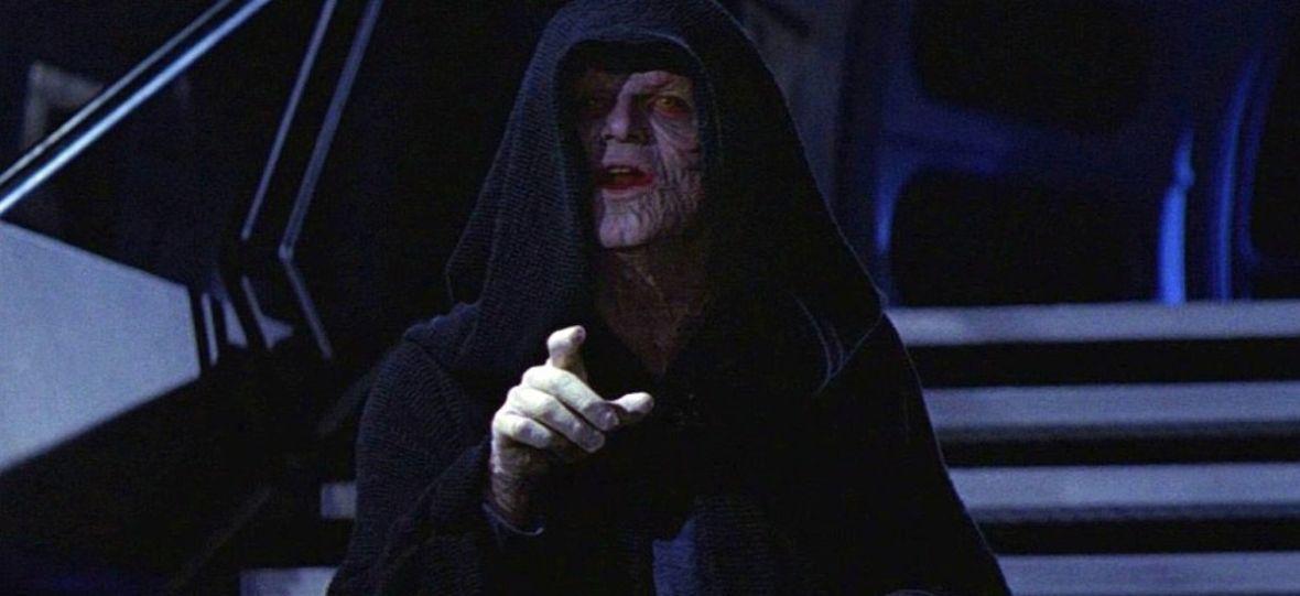 """Palpatine manipulował Kylo Renem od początku. Nowy fragment """"Skywalker. Odrodzenie"""" zmienia ocenę całej trylogii"""