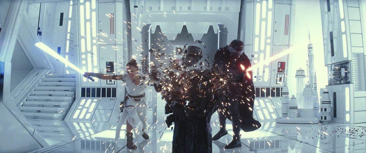 """Smutny koniec sagi """"Star Wars"""". """"Gwiezdne wojny: Skywalker. Odrodzenie"""" – recenzja bez spoilerów"""