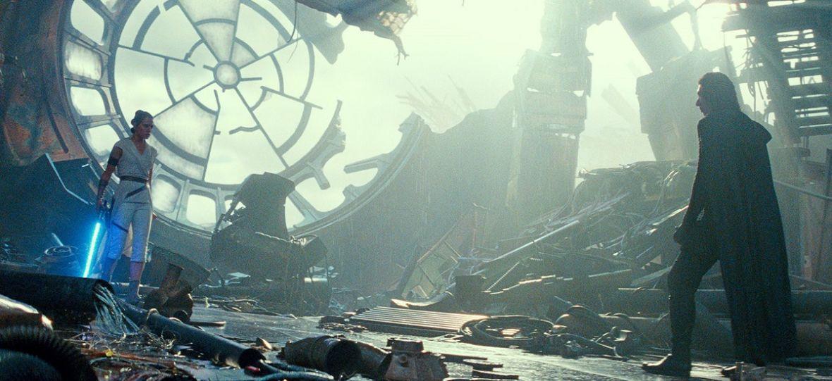 """Oceniamy trylogię """"Star Wars"""" od Disneya. Która część sagi jest najlepsza i czy z nowej trylogii da się coś ocalić?"""