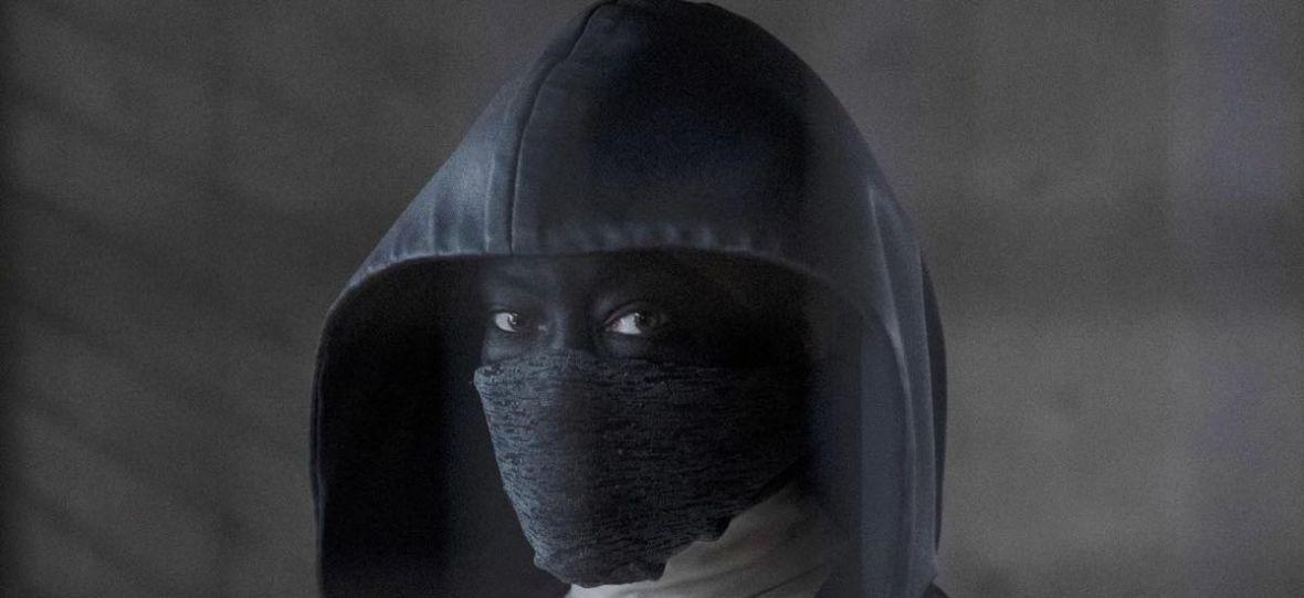 """Fani proszą 2. sezon serialu """"Watchmen"""", choć twórcy wcale go nie chcą. Kogo posłucha HBO?"""