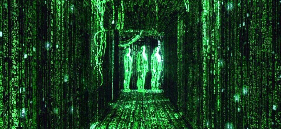 """Dużo dzieje się na planie """"Matrixa 4""""! Są nagrania z realizacji sceny kaskaderskiej oraz Neo i Trinity na motorze"""