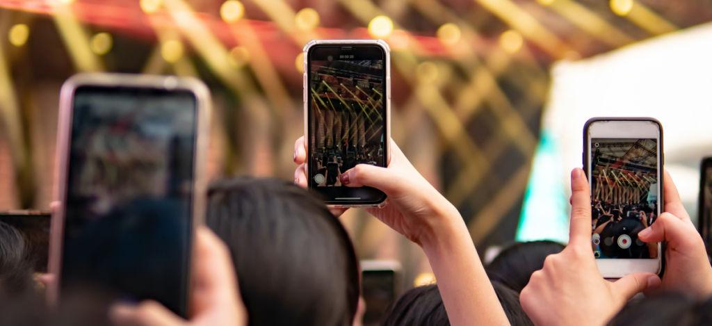 film wertykalny na smartfony