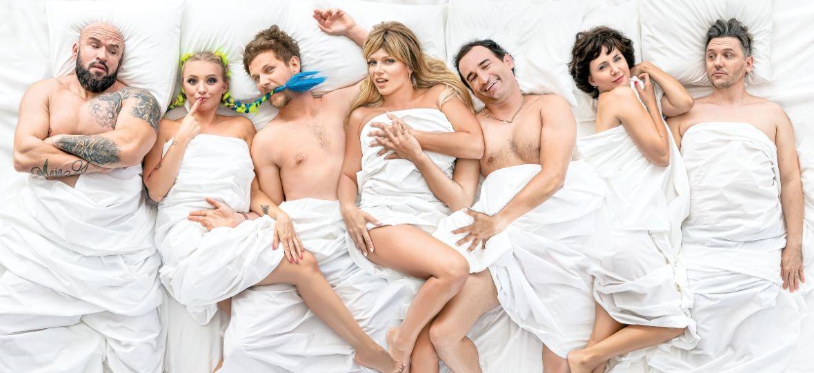 """Jaki kraj, taki swing. Oceniamy """"Swingersów"""", nową polską komedię o seksie"""