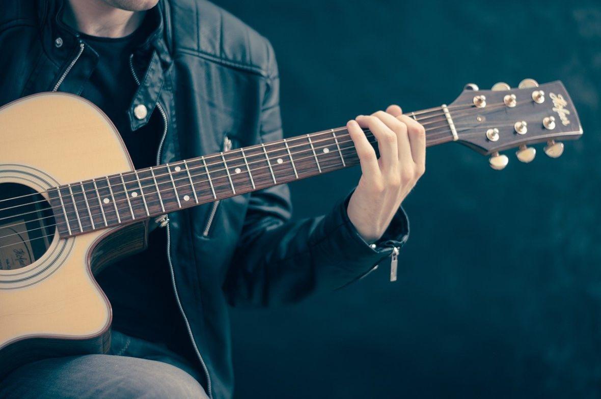 Muzycy grają w sieci. Polscy artyści zapowiadają koncerty online
