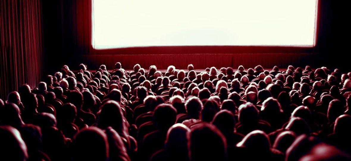 Cinema City Unlimited taniej o 1/3 ceny, bilety do kina staniały prawie o połowę. Ciesz się z obniżek w kinach, ale się do nich nie przyzwyczajaj