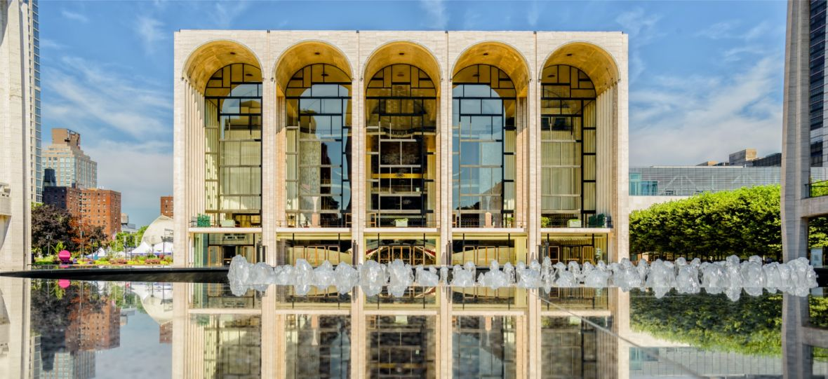 Duża dawka wysokiej kultury na czas kwarantanny. Metropolitan Opera zaczyna tydzień ze spektaklami online za darmo