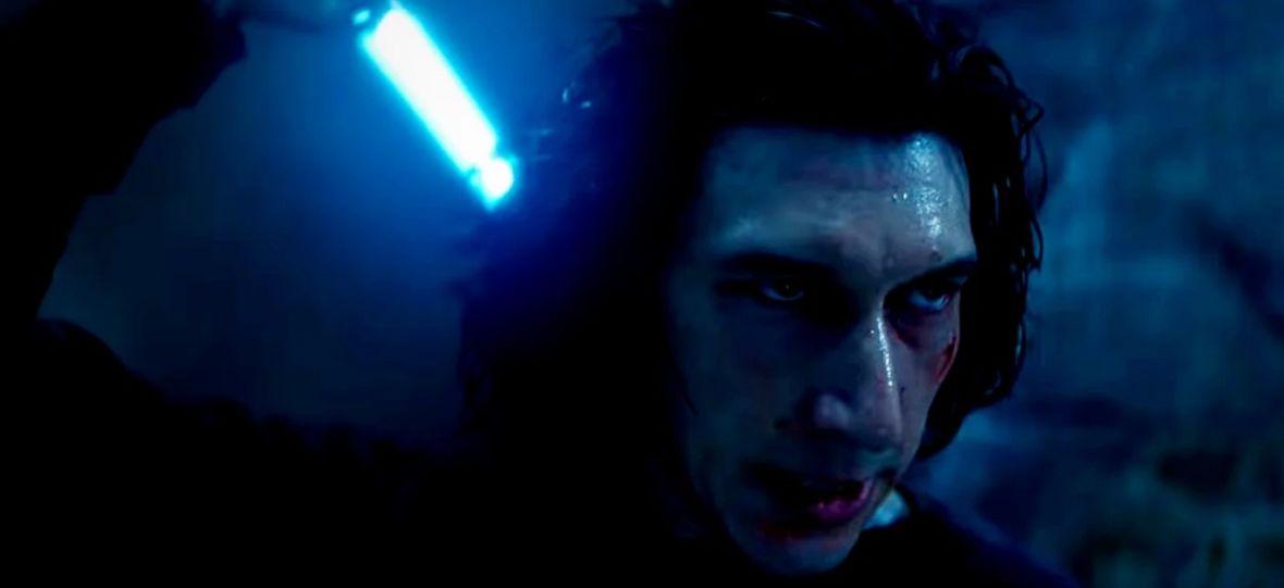 """""""Skywalker. Odrodzenie"""" czerpie z komiksów i książek zamiast ze scenariusza. Finałowa scena Kylo Rena ma inne znaczenie, niż myśleliśmy"""