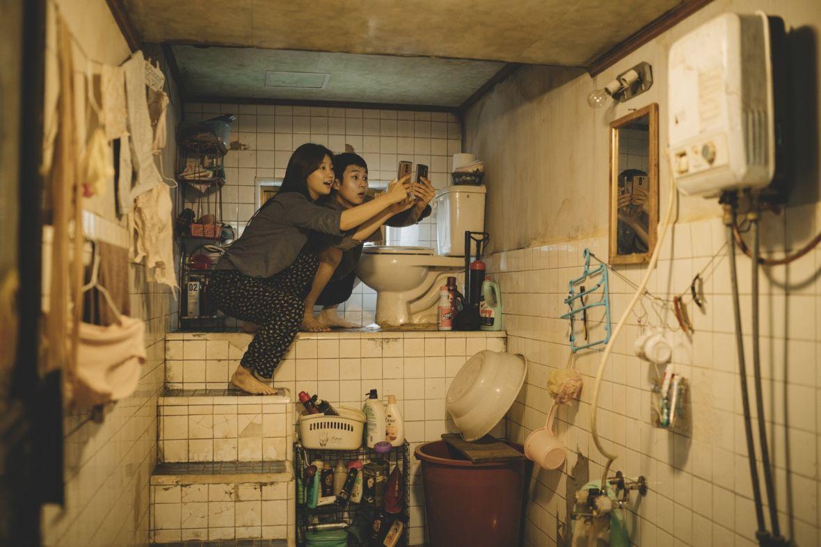 """Kina nieczynne, ale jest jeszcze internet! Już w maju """"domowe"""" premiery największych filmowych hitów"""