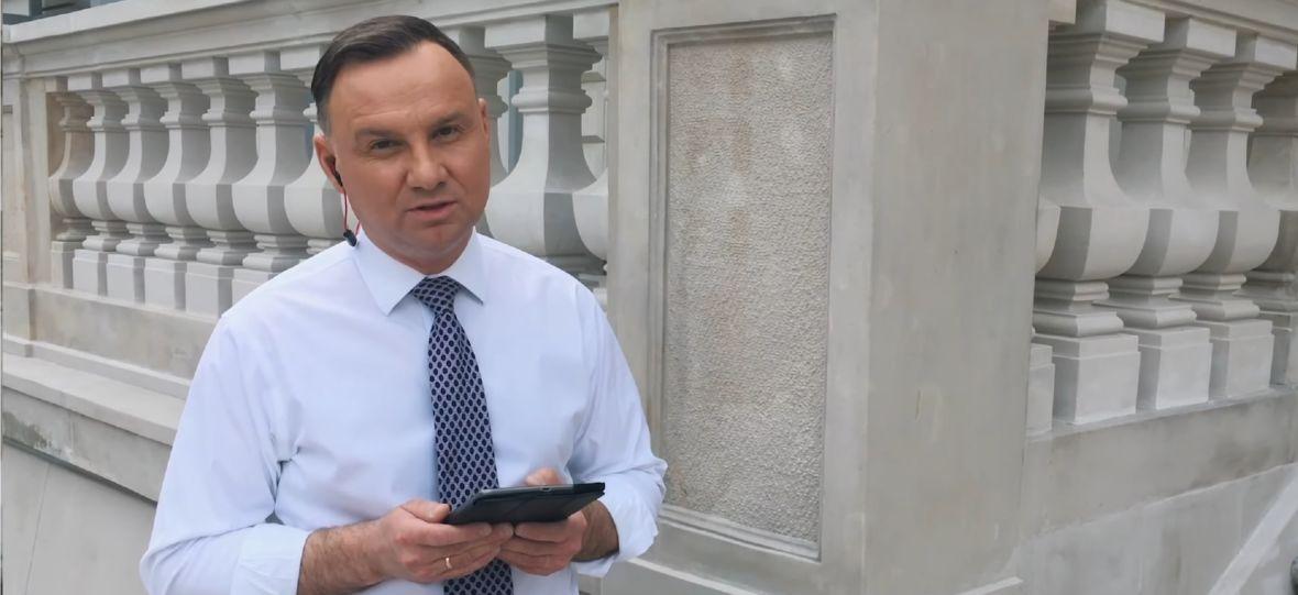 Andrzej Duda wziął udział w Hot16Challenge. Prezydent RP rapuje oraz nominuje premiera i gwiazdy estrady