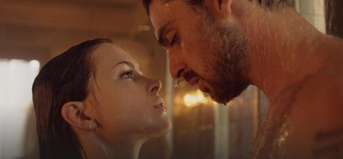 """Cały świat: zachwyca się filmem """"365 dni"""". Polacy: jak do tego doszło, nie wiem"""