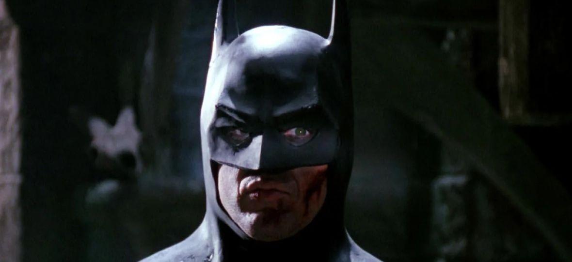 """Michael Keaton rozmawia z Warner Bros. o powrocie do roli Batmana. Ma pojawić się w """"The Flash"""" i kolejnych filmach"""